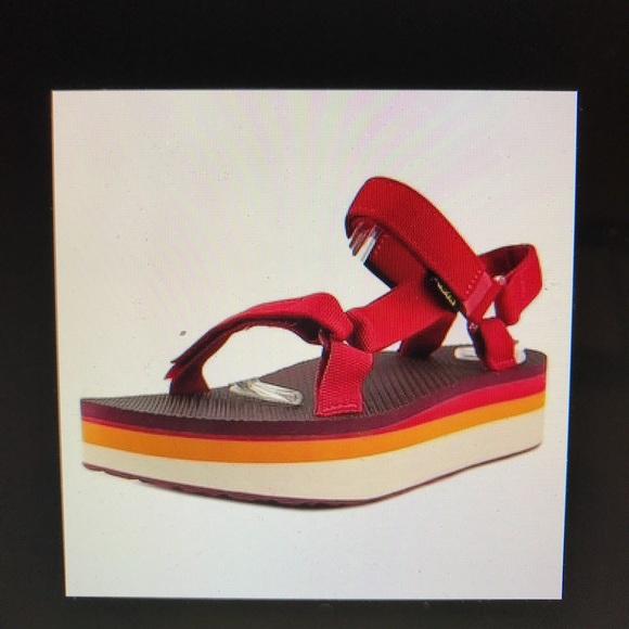 8fd2e0bfdc9 NWOT Teva Flatform Universal open toe sport sandal.  M 5add1d871dffda986bce6189